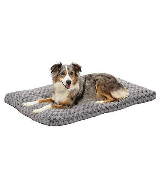 Plush Dog Bed | Ombr