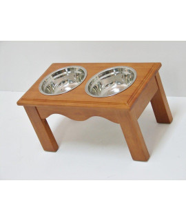 Crown Pet Diner, Medium size, with Chestnut Finish